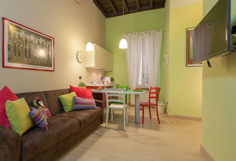 Rental in Rome Crociferi 2, Roma