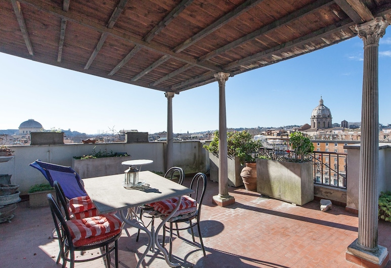 Rental in Rome Ceaser Penthouse, Rome, Apartment, 1 Bedroom, Balcony, Terrace/Patio