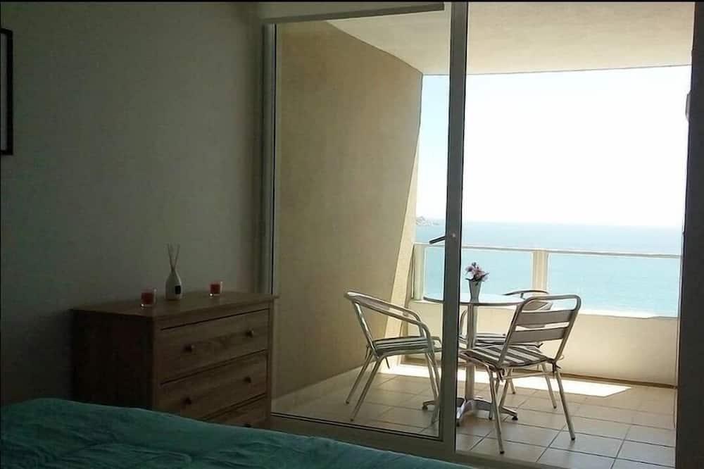 شقة عادية - غرفتا نوم - شُرفة