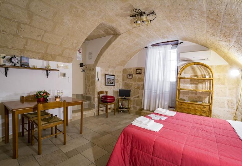 B&B Borgo San Martino, Monopoli, Basic Double Room, Kitchen, Ground Floor, Pemandangan Bilik Tamu