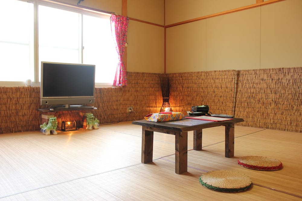Camera Superior (Japanese Style) - Area soggiorno