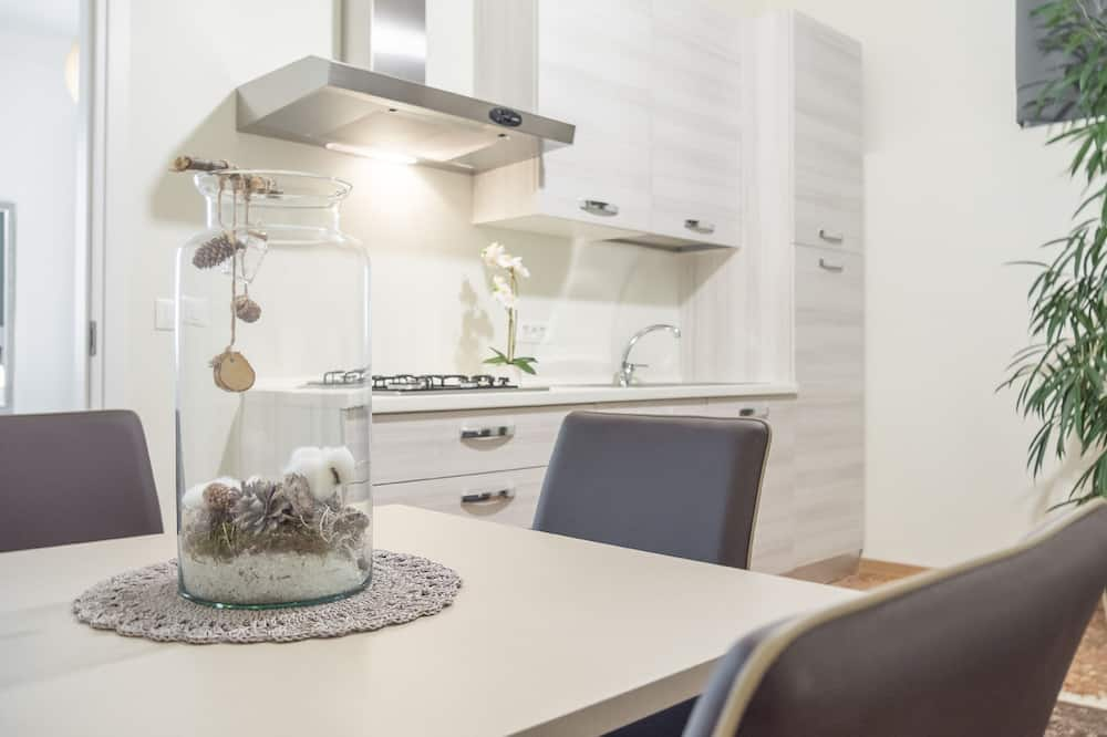 Suite, 1 Bedroom, Grand Canal View - In-Room Dining