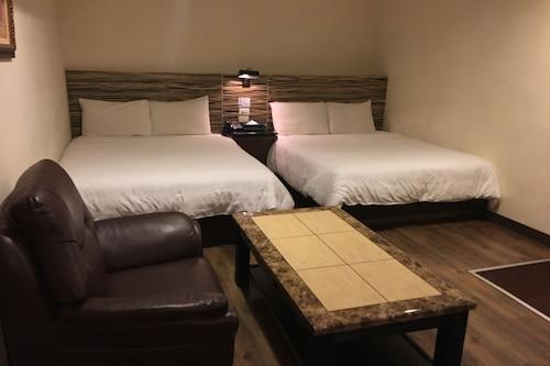 華泰經典旅店/