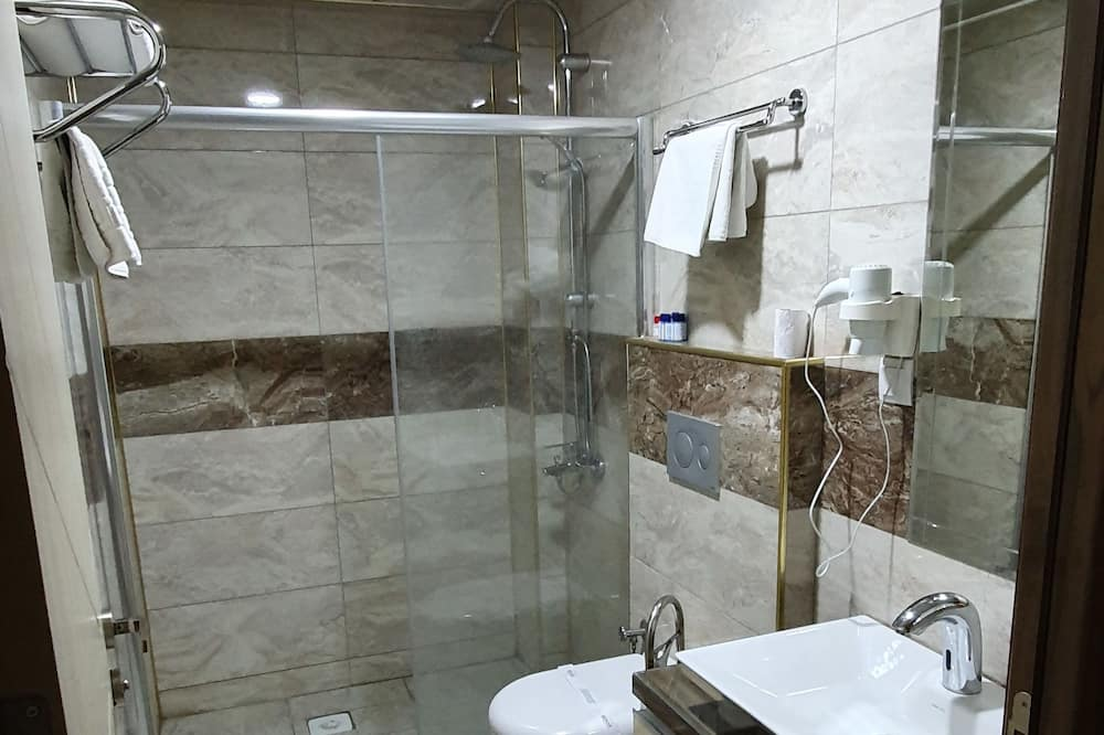 Classic-Zweibettzimmer - Badezimmer