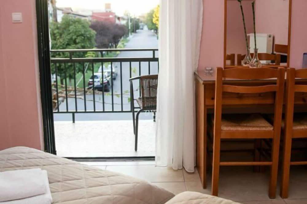 Izba s dvojlôžkom alebo oddelenými lôžkami - Balkón