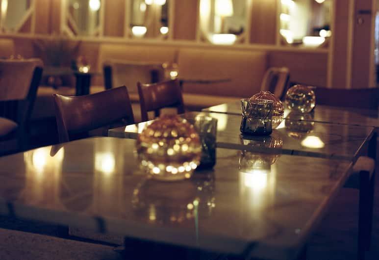 哈比圖耶酒店, 巴黎, 酒店酒吧