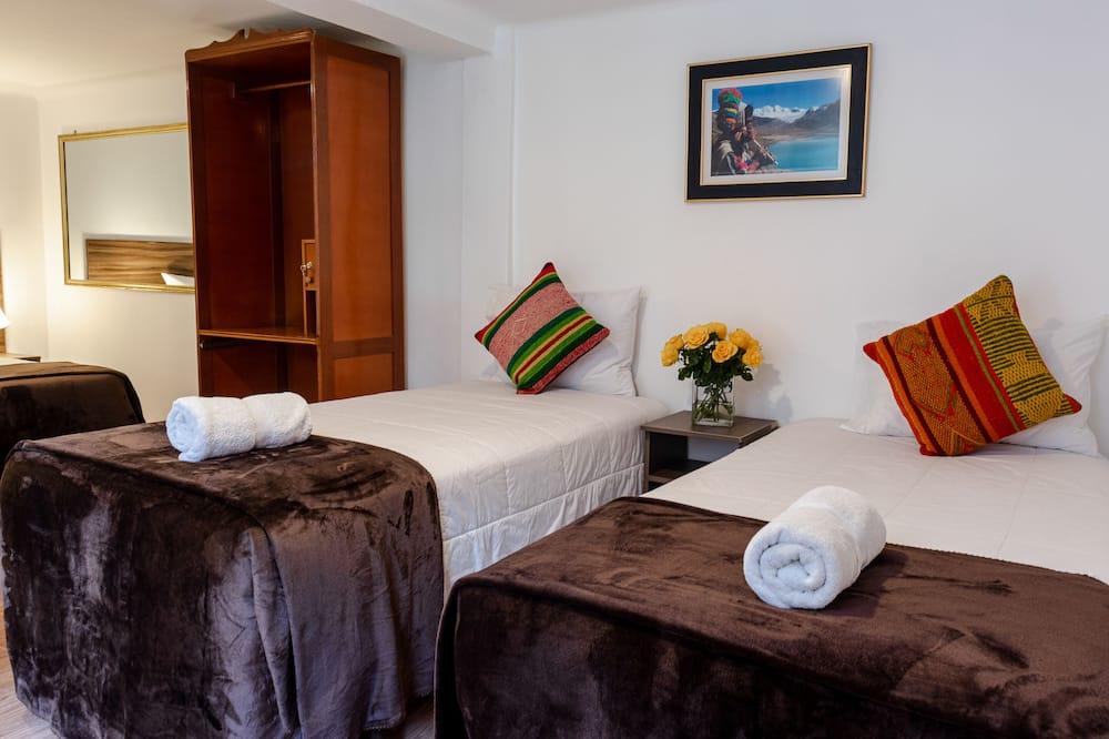 Rodinná izba, viacero postelí - Obývačka