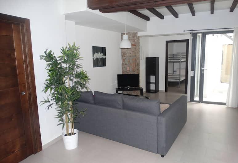 Malaga Apartamentos Nuño Gomez, Málaga, Rodinný apartmán, 2 ložnice, přízemí, Obývací prostor