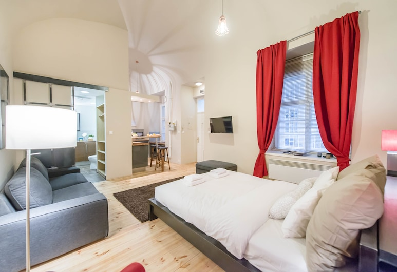 Oasis Apartments - Basilica I, Budapest, Deluxe Studio, Living Area