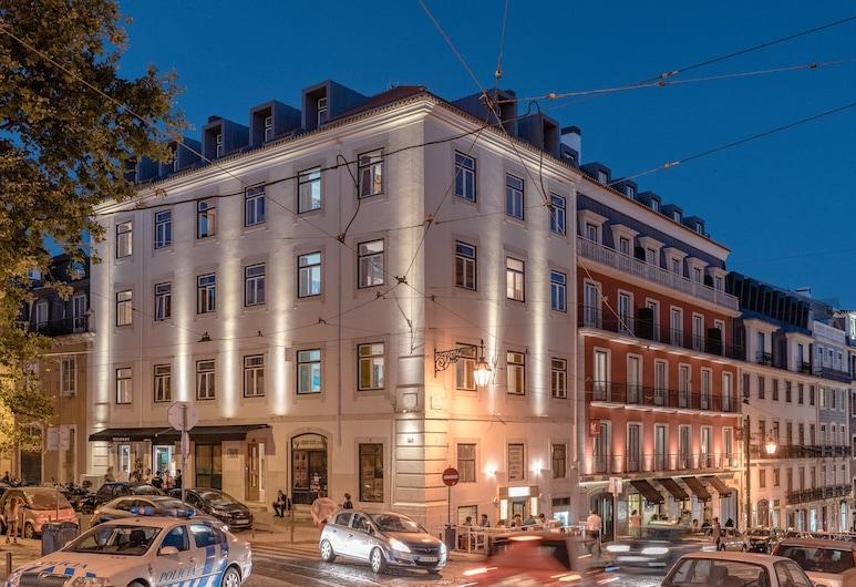 Chiado Arty flats, Λισσαβώνα, Πρόσοψη καταλύματος - βράδυ