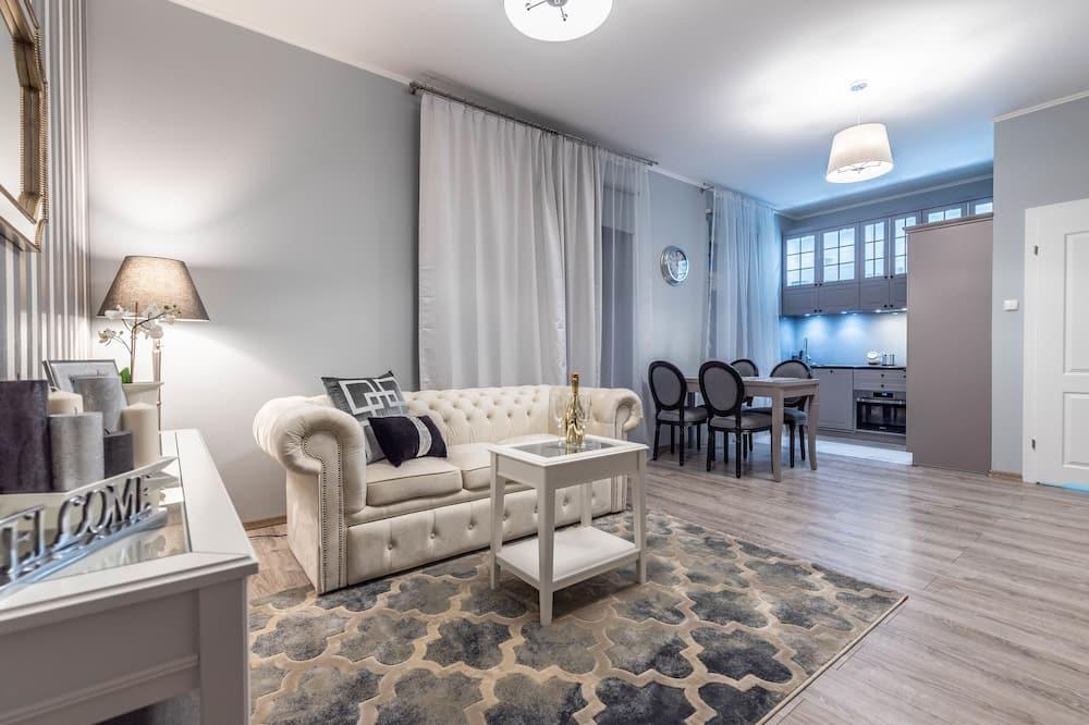 Apartment, 1 Bedroom (8/31, Topolowa 8/32 Street) - Ruang Tamu