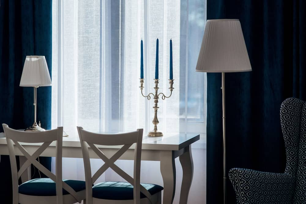 Apartment, 2 Bedrooms (4/8, Fivestars Topolowa 4 Street) - Ruang Tamu