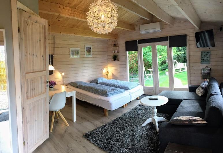 Piccobello Bed & Breakfast, Koge, Casa en el árbol familiar, baño privado, en edificio anexo, Habitación