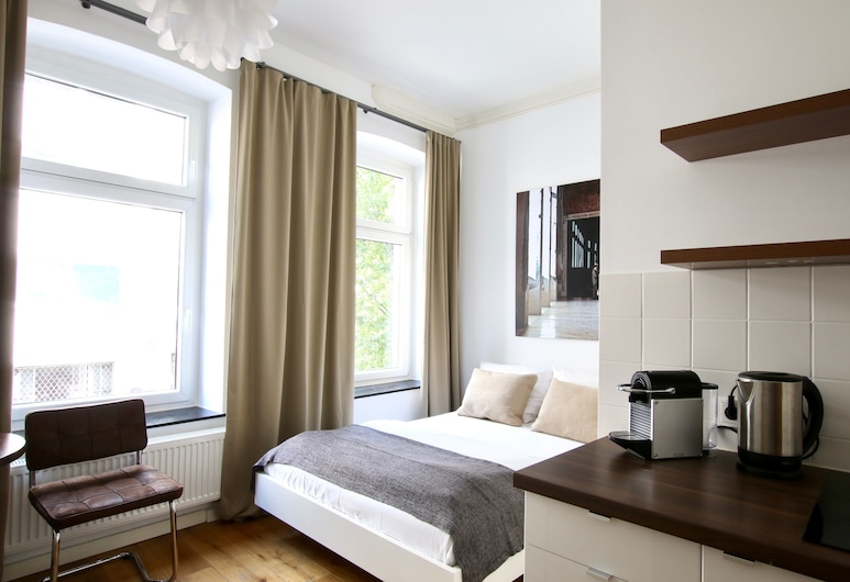 Arthouse Apartments am Eigelstein, Cologne, Studio Bisnis, Kamar