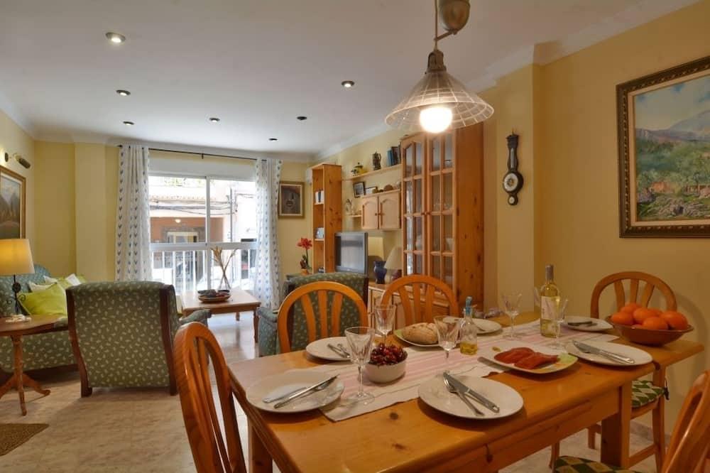 Villa, 3 Bedrooms, Terrace - In-Room Dining