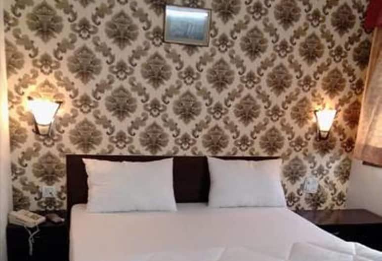 Hotel Navneet Grand , Agra