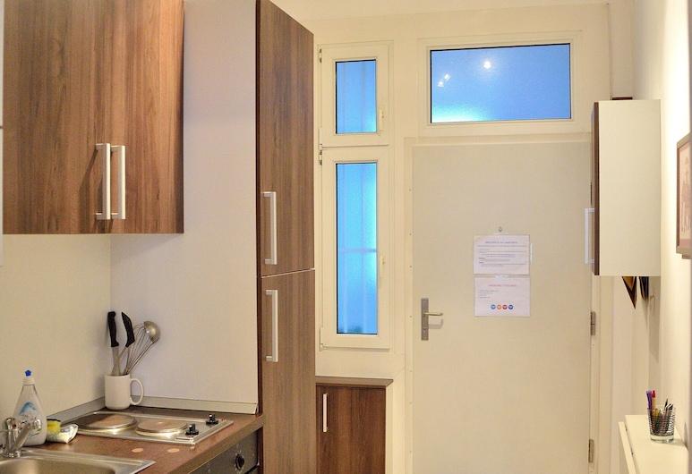 Soho Apartments - Little Soho, Vienna, Standard Apartment, 1 Bedroom, Private kitchen