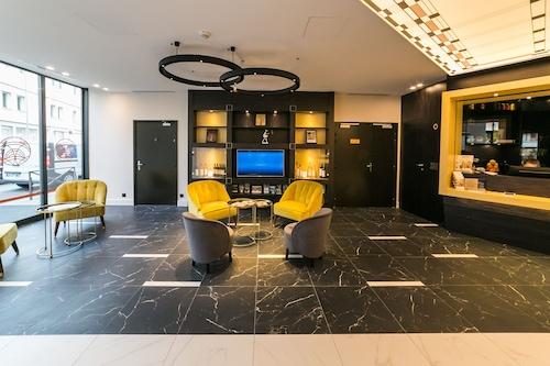 瓦爾的聖洛朗旅程貝斯特韋斯特酒店/