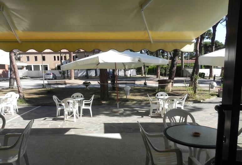 Stella Maris, Cervia, Terraza o patio