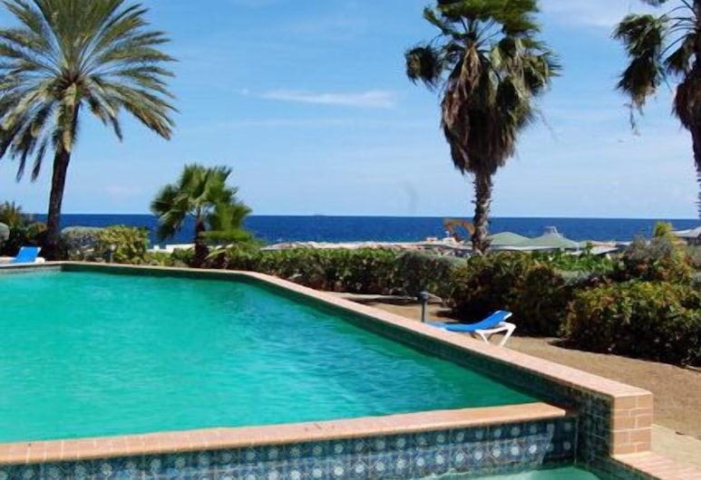 鹈鹕海洋度假村公寓酒店, 威廉斯塔德
