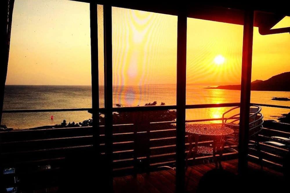 Standarta četrvietīgs numurs, balkons, skats uz okeānu - Balkons