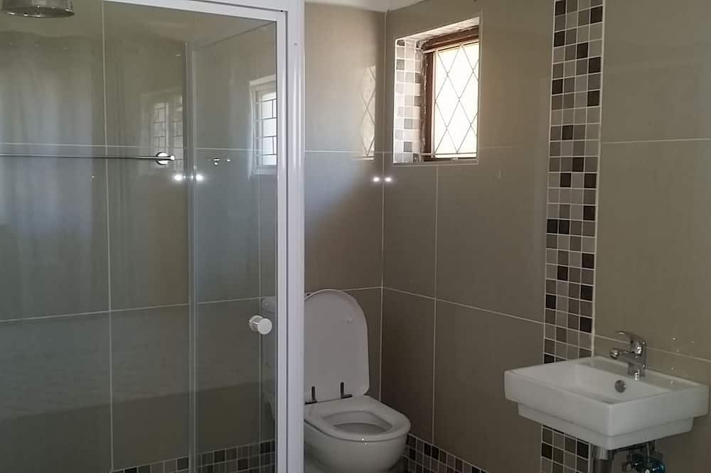 Двухместный номер с 1 двуспальной кроватью, 1 двуспальная кровать «Кинг-сайз» - Ванная комната