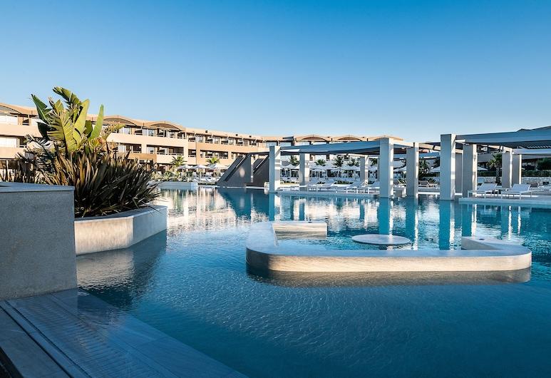 Euphoria Resort - All Inclusive, Platanias, סוויטה משפחתית, נוף לבריכה, נוף מחדר האורחים