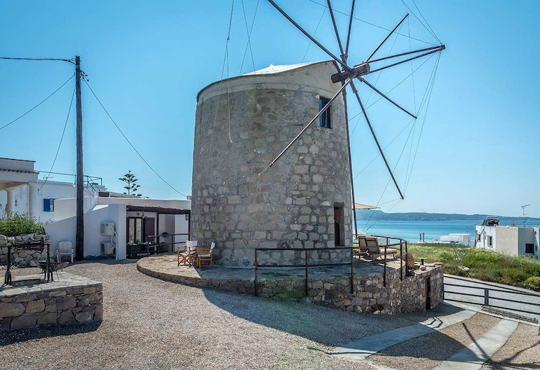 The Windmill Adamas Sea View, Melos, Ulkoalueet