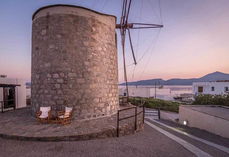 The Windmill Adamas Sea View, Milos, Property Grounds