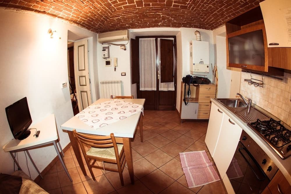 Apartment, Balcony - In-Room Dining