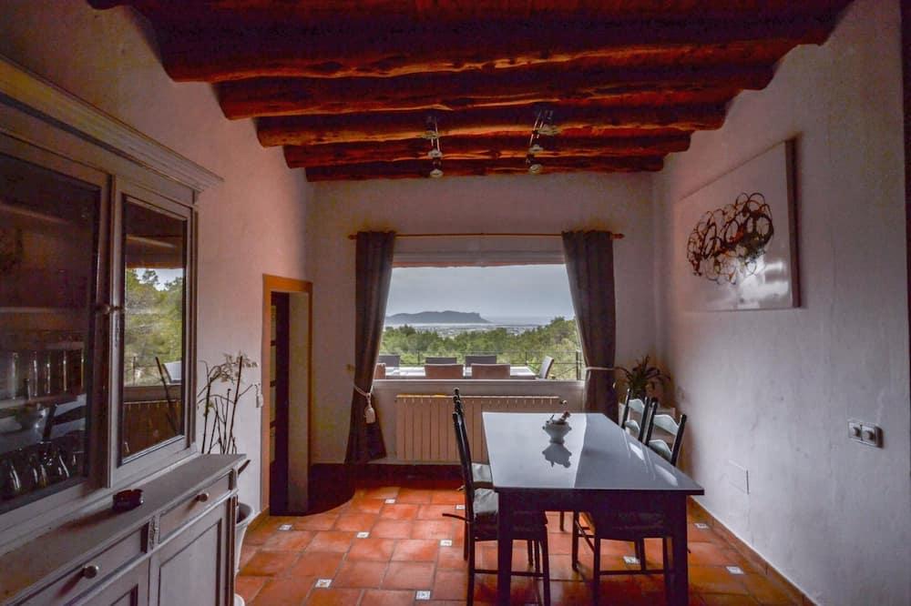 Villa, 5 magamistoaga, privaatbasseiniga - Tuba