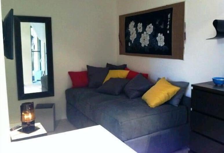 Monolocale Neve, Turin, Studio, Ban công, Khu phòng khách