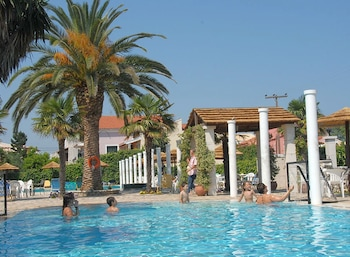 Picture of Thinalos Apart-Hotel in Corfu