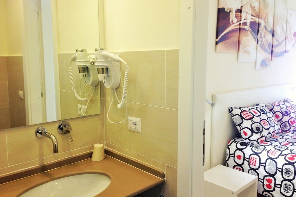 Kahden hengen huone (Viola) - Kylpyhuone