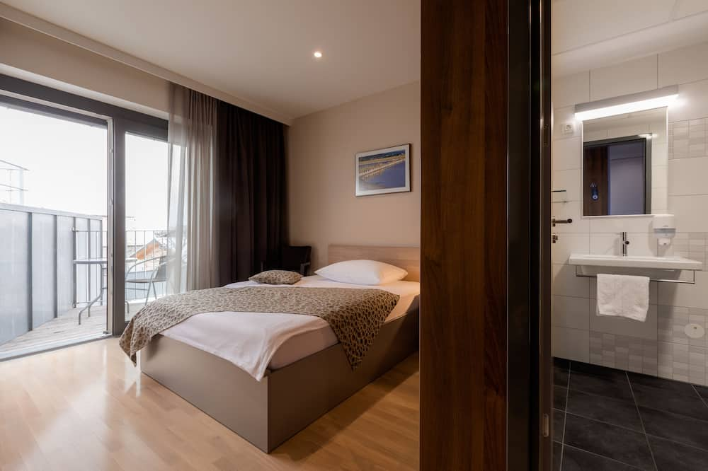 Single Room, Balcony - Guest Room
