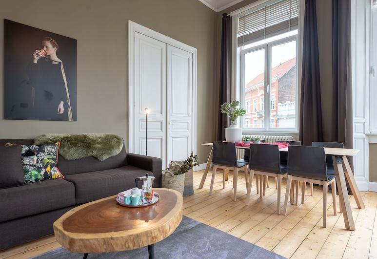設計智慧 - 劇院飯店, 安特衛普, 豪華公寓, 2 間臥室, 陽台, 客廳