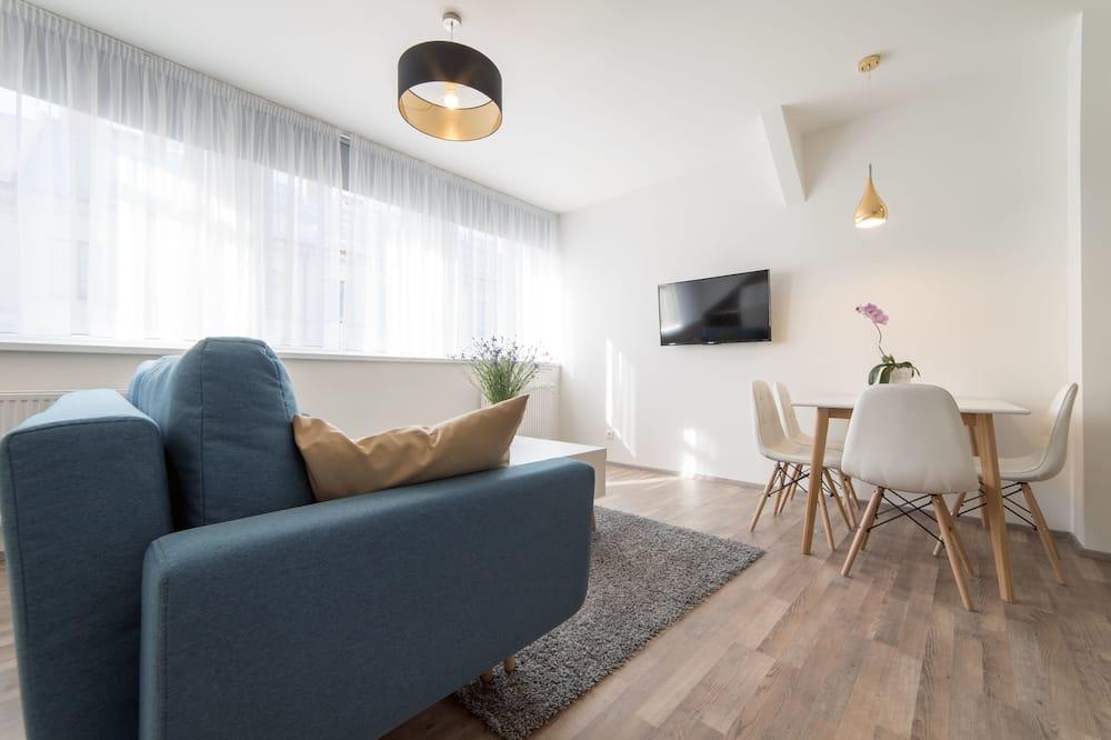Deluxe Suite, 1 Bedroom, Non Smoking - Living Area