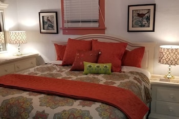 Foto van Historic SmartHome- King 1-5 Beds in Klamath Falls