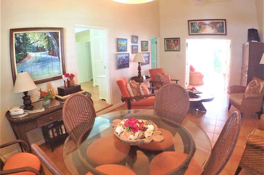 Habitación, 2 habitaciones - Servicio de comidas en la habitación