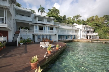 15 Closest Hotels To Blue Lagoon In Port Antonio Hotels Com