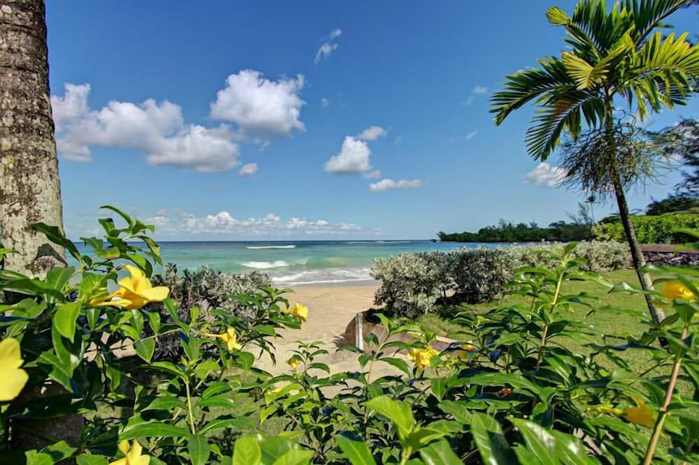 Villa, 5 Bedrooms - Beach