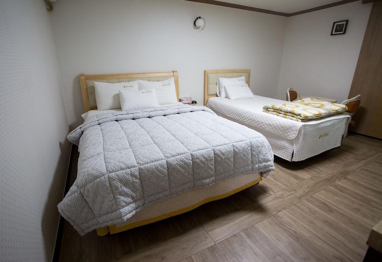 Ritz Hostel, Changwon, Deluxe Twin Room, Guest Room