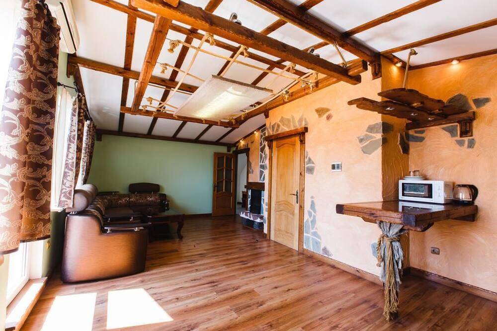Apartmán, 2 spálne, krb - Obývačka