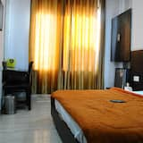 Deluxe Double Room Single Use, 1 Bedroom, Accessible - Guest Room
