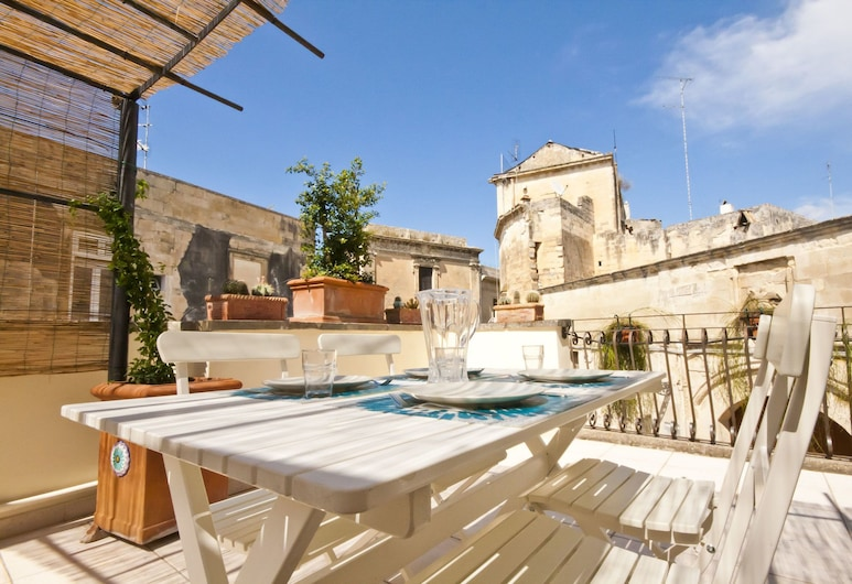 Salento Living Apartment, Lecce, Apart Daire, Teras, Teras/Veranda