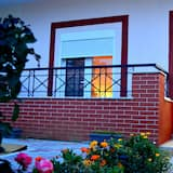 Apartemen Tradisional, 2 kamar tidur, dapur, pemandangan kebun anggur - Balkon