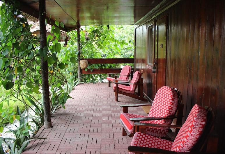 Le Kalyptus, โมโรนี, ลานระเบียง/นอกชาน