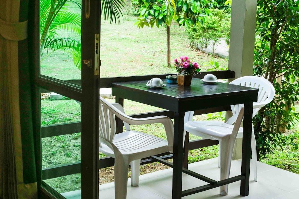 Book Bang Po Hut in Koh Samui | Hotels.com