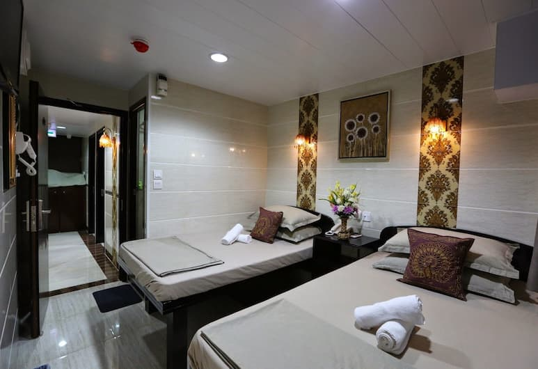 Asia Inn, Kowloon, Family Room, Private Bathroom, Guest Room