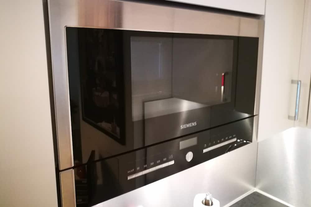 Deluxe Apartment (106) - Private kitchen